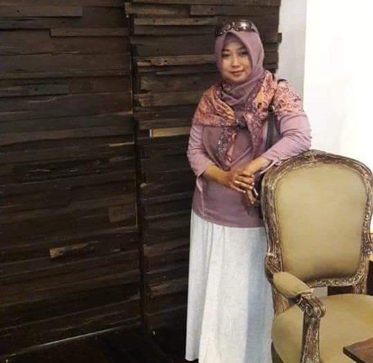 gambar drg. Rahayu